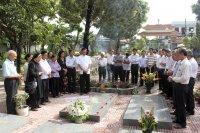 Gx TTS: Viếng Mộ Cha Cố Giuse Maria Nhân Ngày Giỗ Giáp Năm
