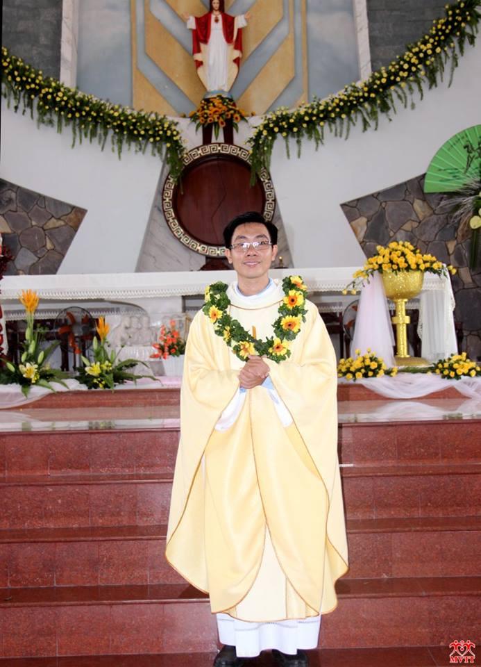 Gx TTS: Thánh Lễ Tạ Ơn Mừng TLM Nguyễn Hoàng Lê Nguyên (04/06/2016)