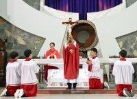 Giáo Dân Tân Thái Sơn Tham Dự Lễ Nghi Tưởng Niệm Chúa Chịu Chết