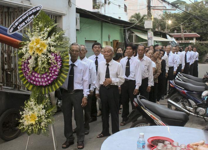 Gx TTS: HĐMV Giáo Xứ Tiễn Biệt Ông Trùm Phê-rô Nguyễn Văn Long