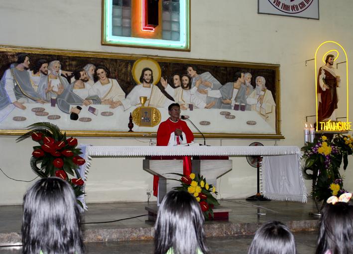 Gx Bình Chiểu: Lễ Thánh Nữ Cêcilia – Bổn Mạng Các Ca Đoàn