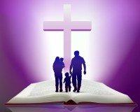 Đề Tài tháng 07/2014 - Gia Đình Loan Báo Tin Mừng: Đền Thánh Sự Sống.