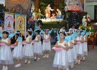 Gx TTS: Rước Kiệu Thánh Gia Thất Mừng Bổn Mạng Giáo Xứ